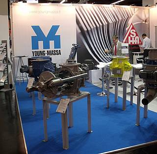Young Massa Messestand